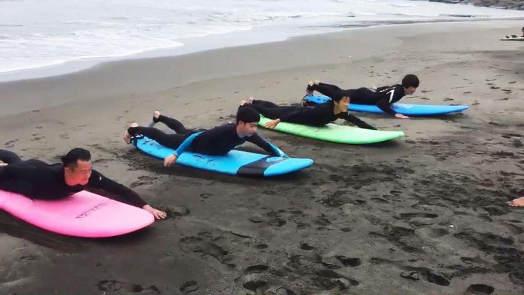 サーフィン体験レッスン,CHP,千葉一宮町,パドリング