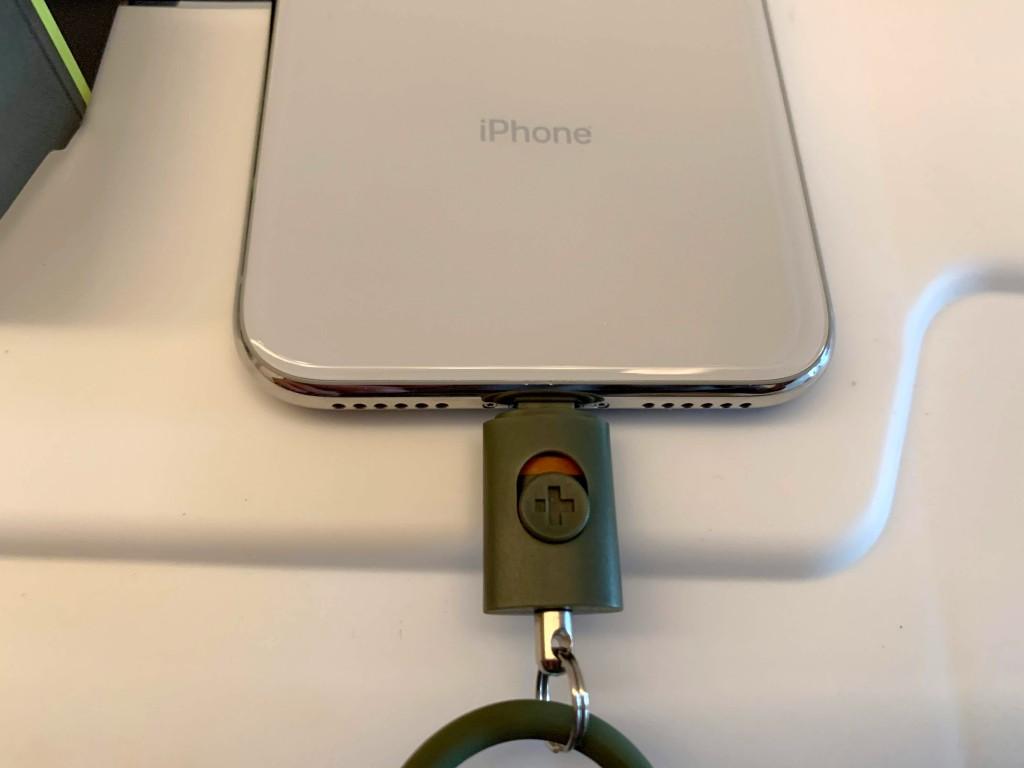落下防止,ストラップ,iphone,Lightning,コネクタ