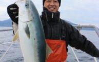 パタゴニアのオーバーオールは気兼ねなし!!船釣り用に最適だと思うのは私達だけ!?